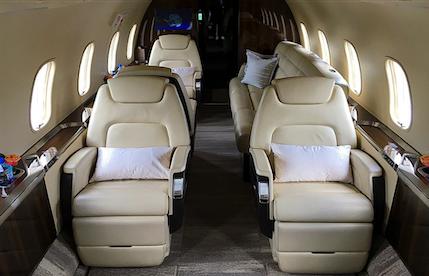 2015 challenger 350 aircraft cabin